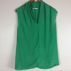 CAbi Sleeveless Green And Pink Blouse Sz Large